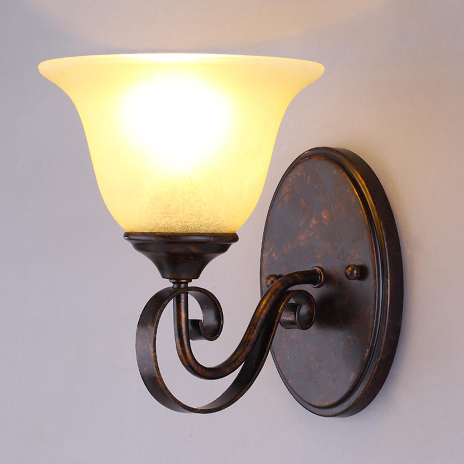 Lucande Nástěnná lampa Svera ve venkovském stylu, LED E27